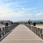 Pontonbrcke mit Blick auf Port Leucate