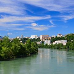 Réservez la chambre d'hôtel idéale pour vos vacances et weekends à Lyon