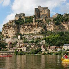 Découvrir la Dordogne à bord d'une montgolfière: une expérience inoubliable