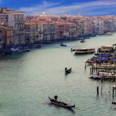 Un prestigieux voyage au départ de Venise à bord d'un train de luxe