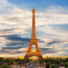 Les préparations pour un voyage en France réussi