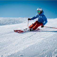 Comment lutter contre la transpiration et les odeurs après votre journée au ski